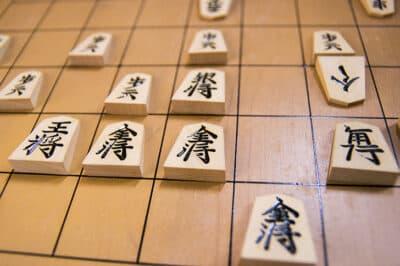 【将棋駒図解】将棋駒は全部で40枚!将棋駒の8種類と動き方を徹底解説